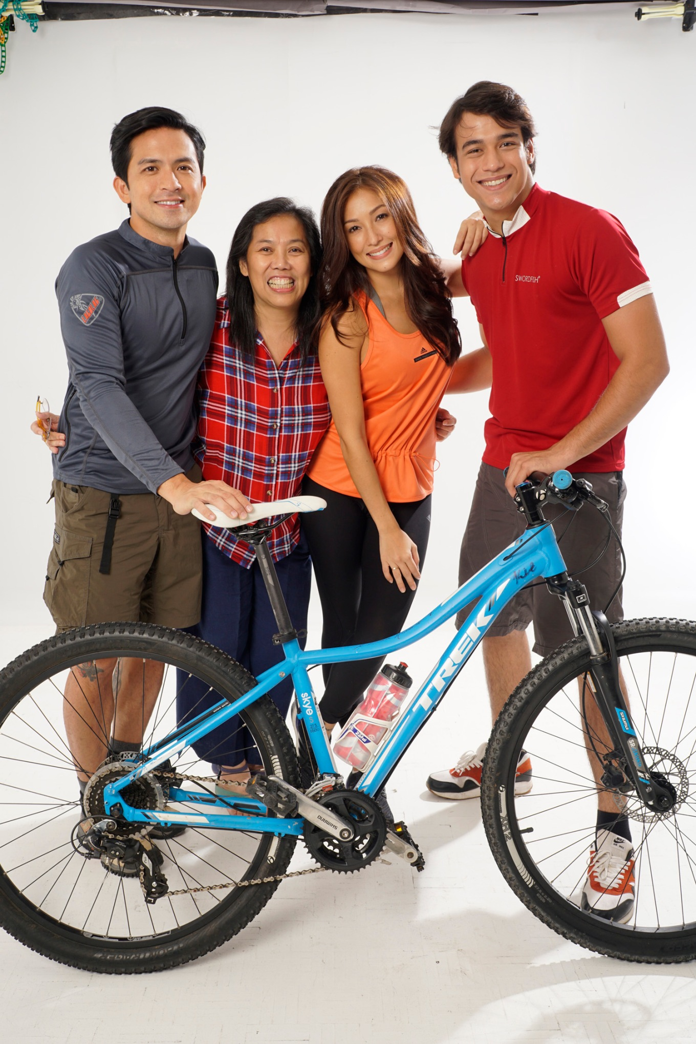 Lakbay2Love cast with Ellen