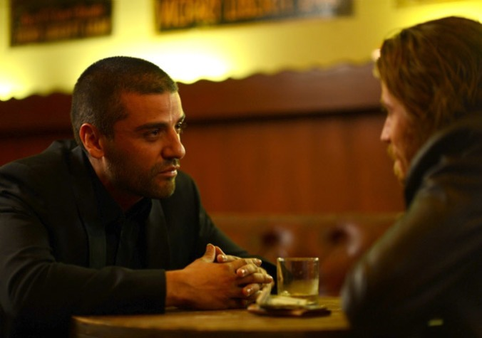 oscar_isaac_mojave_photo-F