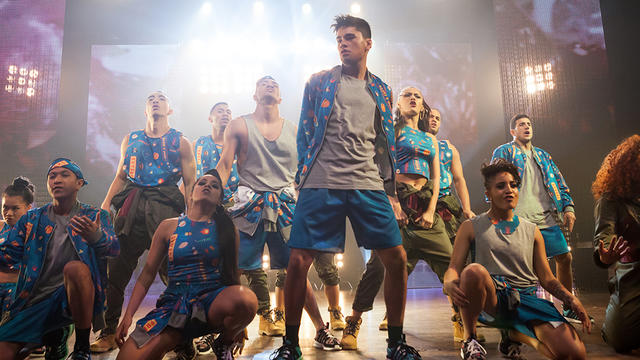 BORN_TO_DANCE_STILLS_3