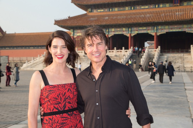 """BEIJING, CHINA - OCTOBER 11: Cobie Smulders and Tom Cruise visits the Forbidden City during the promotional tour of the Paramount Pictures title """"Jack Reacher: Never Go Back"""", on October 11, 2016 in Beijing, China. (Photo by Lucian Capellaro/Getty Images for Paramount Pictures) *** Local Caption *** Tom Cruise; Cobie Smulders"""