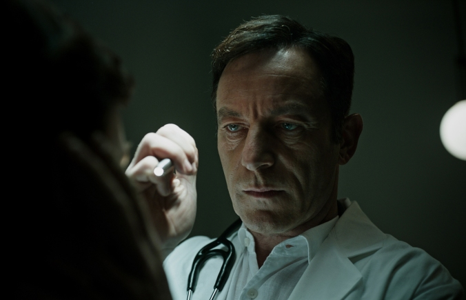jason-isaacs-in-a-cure-for-wellness