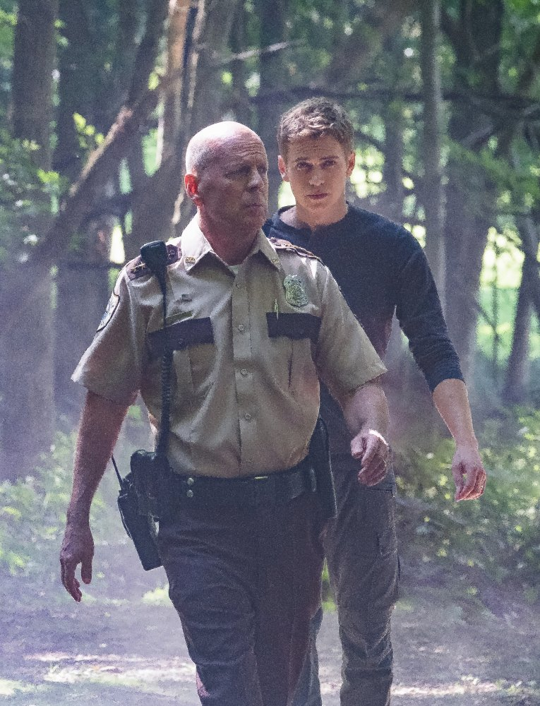 bruce willis and hayden christensen in FIRST KILL