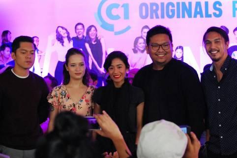 Carlo Aquino, Annicka Dolonius, Kat Galang, director Joseph Teoxon and Benj Manalo