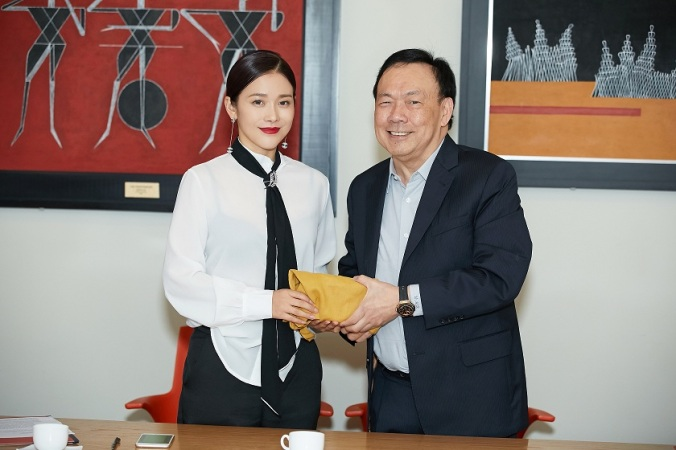 West Beijing Pictures Chief Producer Deng Ziyi with Solar Entertainment Corporation President & CEO Mr. Wilson Tieng