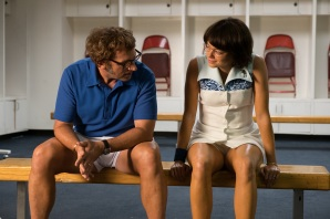 Steve Carell and Emma Stone in the film BATTLE OF THE SEXES. Photo by Melinda Sue Gordon. © 2017 Twentieth Century Fox Film Corporation All Rights Reserved