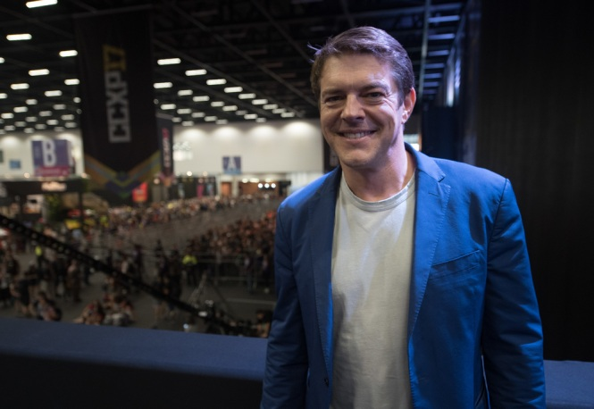 SAO PAULO, BRAZIL - DECEMBER 09: Producer Jason Blum attends to Brazil Comicon (CCXP) 2017, Insidious: The Last Key Booth at the Brazil Comicon 2017 on December 9, 2017 in Sao Paulo, Brazil. (Photo by Raphael Dias/Getty Images for Sony Pictures)
