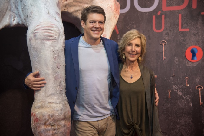 SAO PAULO, BRAZIL - DECEMBER 09: Producer Jason Blum and actress Lin Shaye attend Brazil Comicon (CCXP) 2017, Insidious: The Last Key Panel at Brazil Comicon 2017 on December 9, 2017 in Sao Paulo, Brazil. (Photo by Raphael Dias/Getty Images for Sony Pictures)