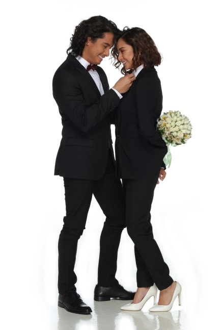 Mr & Mrs Cruz (1)