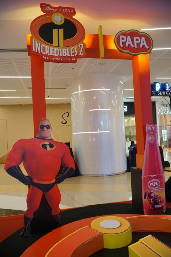 Incredibles 2 - Mr. Incredible Logo Builder