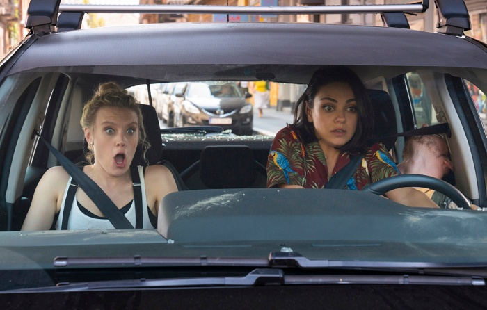 """Kate McKinnon as """"Morgan"""" and Mila Kunis as """"Aubrey"""" in THE SPY WHO DUMPED ME."""