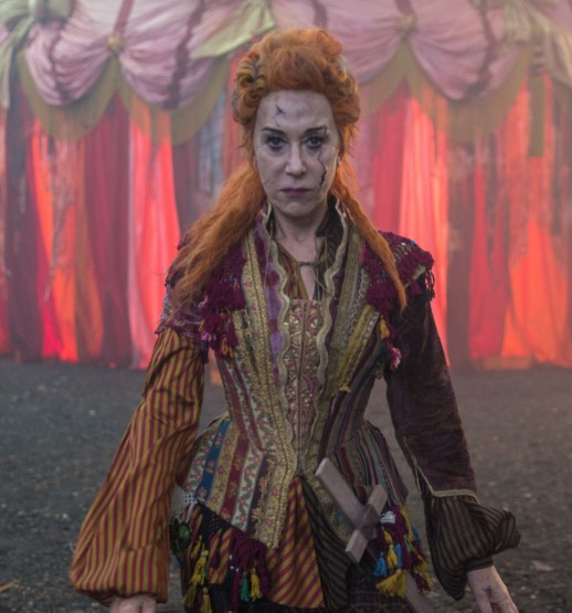 Helen Mirren is Mother Ginger in Disney's THE NUTCRACKER AND THER FOUR REALMS.