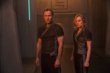 Marvel Studios' CAPTAIN MARVEL..L to R: Leader of Starforce (Jude Law) and Carol Danvers/Captain Marvel (Brie Larson)..Photo: Chuck Zlotnick..©Marvel Studios 2019