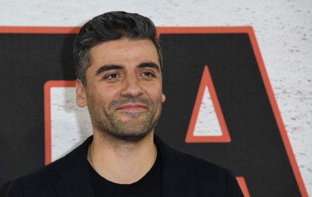 LONDON, ENGLAND - DECEMBER 13: Oscar Isaac during the 'Star Wars: The Last Jedi' photocall at Corinthia Hotel London on December 13, 2017 in London, England. (Photo by Stuart C. Wilson/Getty Images)