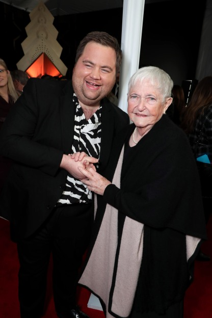 Paul Walter Hauser, Barbara Jewell